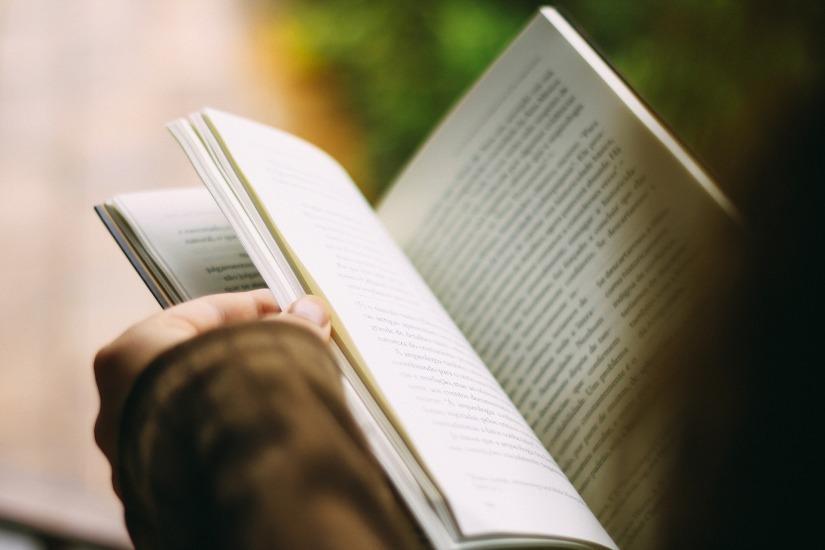 books-1149959_1920