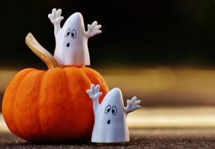 halloween-1743251_1920.jpg