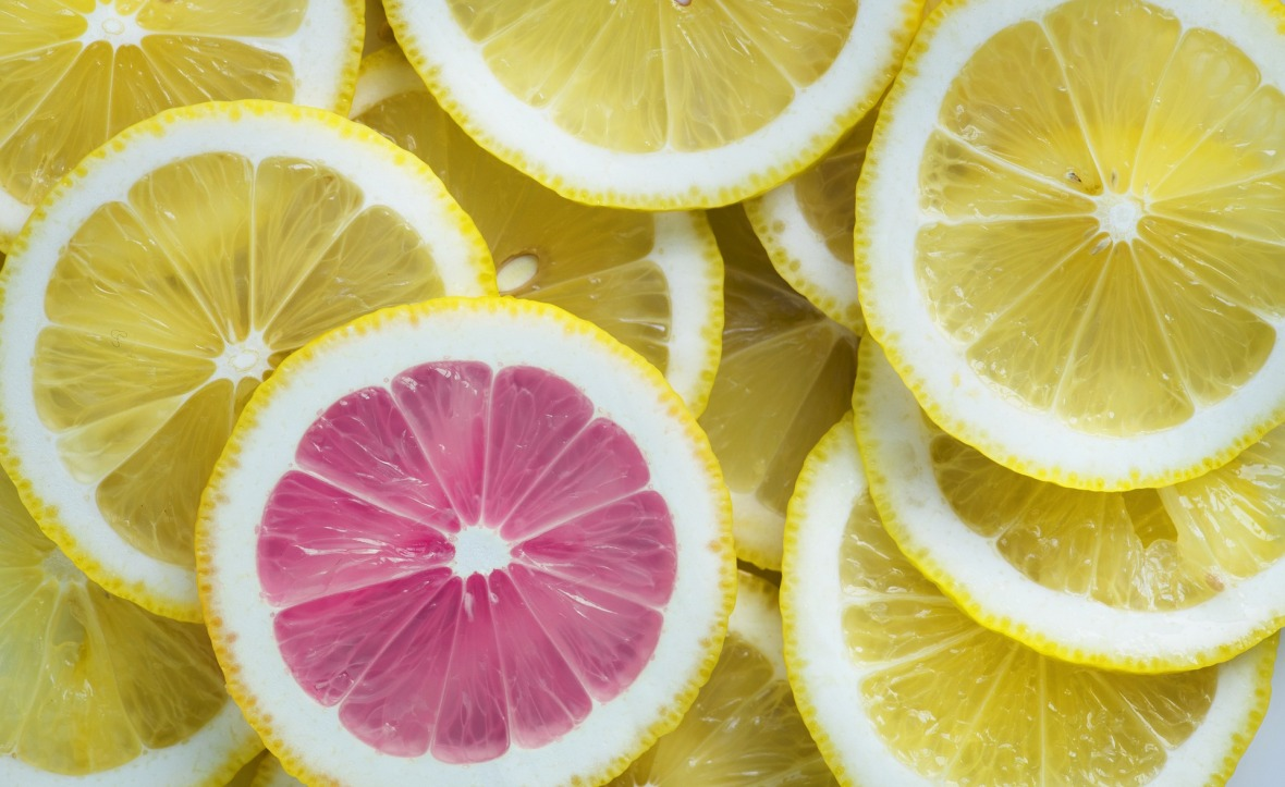 lemon-3303842_1920.jpg